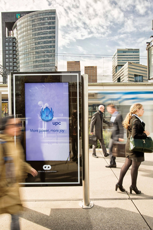 public-transport-metro-amsterdam-4