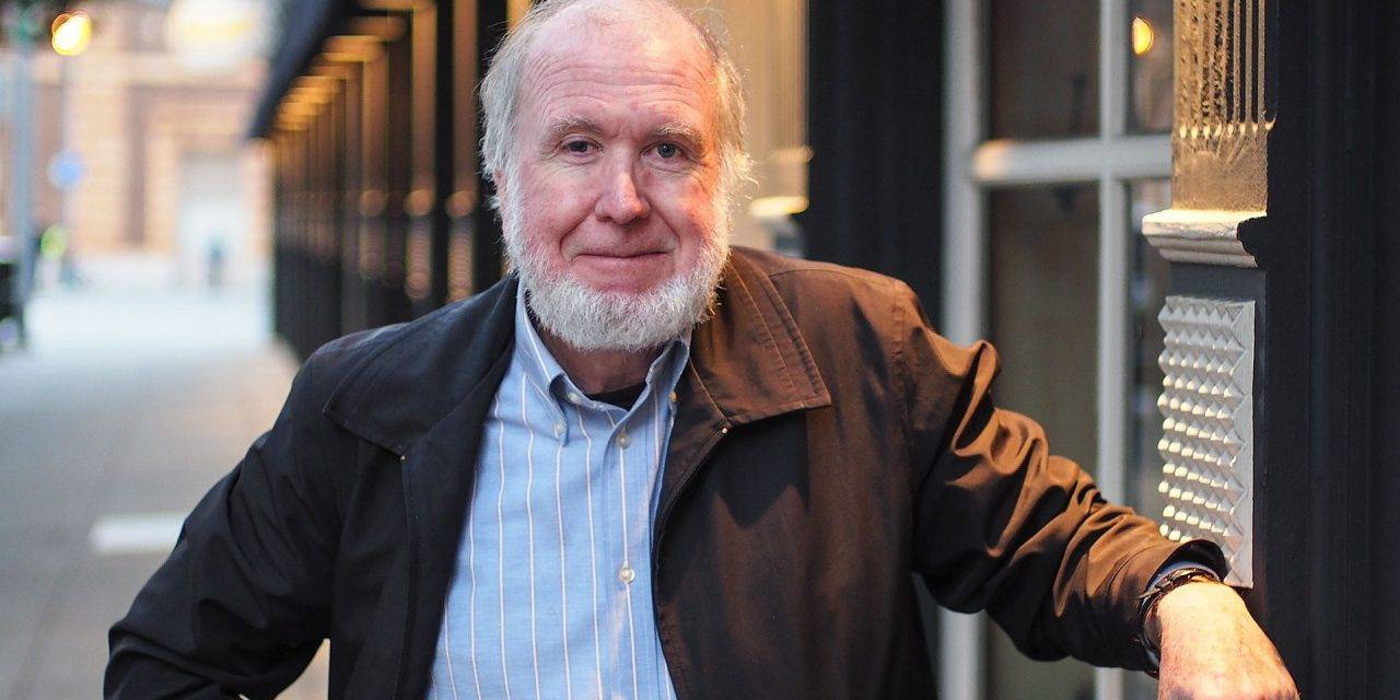 Kevin Kelly: 'Embrace Changes!'