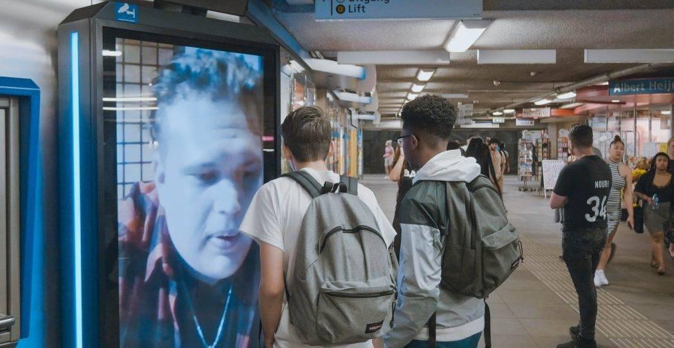Interactieve experience op metrostation Beurs